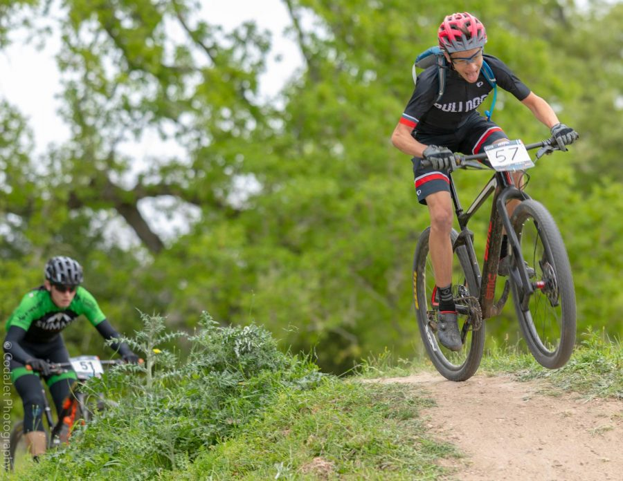 Junior+Andre+Kashkin+biking+at+a+race.+He+utilizes+his+many+learned+strategies+to+outperform+competitors.+Photo+courtesy+to+NICA+Texas+MTB+League.